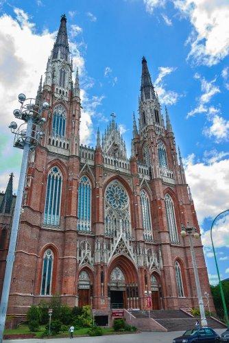 كاتدرائية لابلاتا
