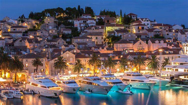 جزر ساحرة للاستمتاع برحلات فصل الصيف في كرواتيا