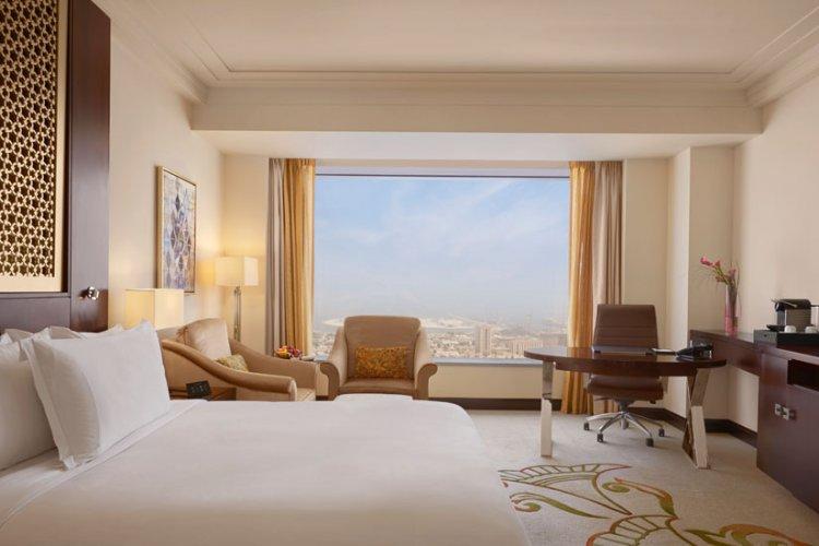 غرفة فندق كونراد دبي