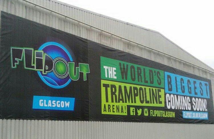 غلاسكو فليب أوت اكبر ساحة ترامبولين في العالم باسكتلندا