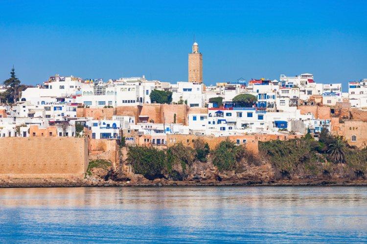 قرار الملك المغربي بإلغاء تأشيرة الصينيين للمغرب