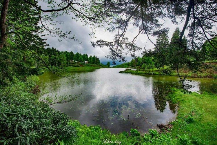 بحيرة ازونجول