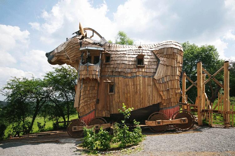 فندق حصان طروادة