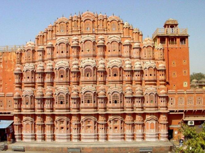 قصر هندي بدون دعامات عمره 3 قرون