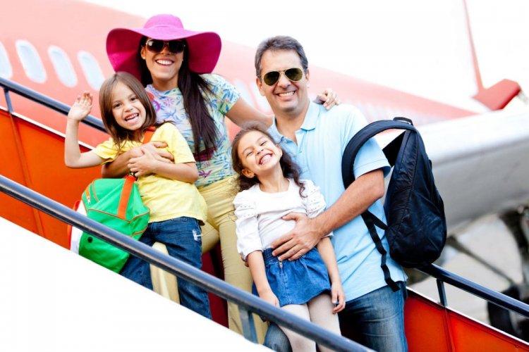 السفر مع الاطفال على الطائرة