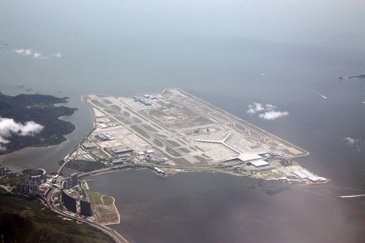 مطار هونج كونج الدولي
