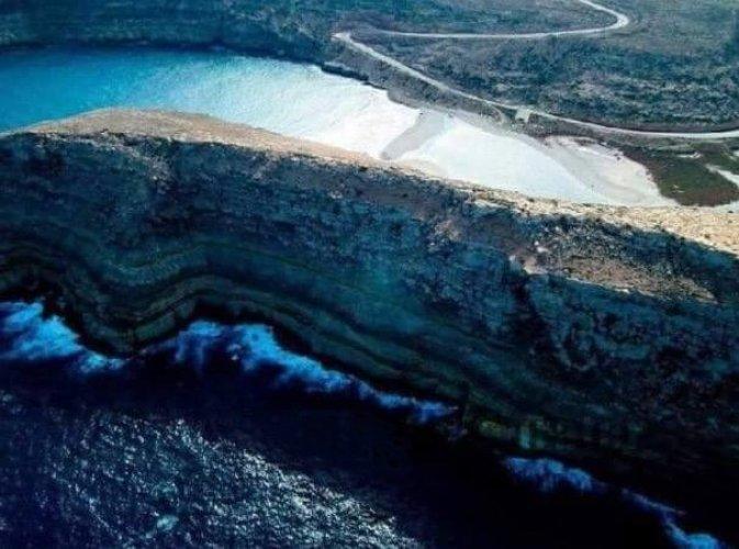 التقاء الماء العذب بالماء المالح في وادي الخبطة