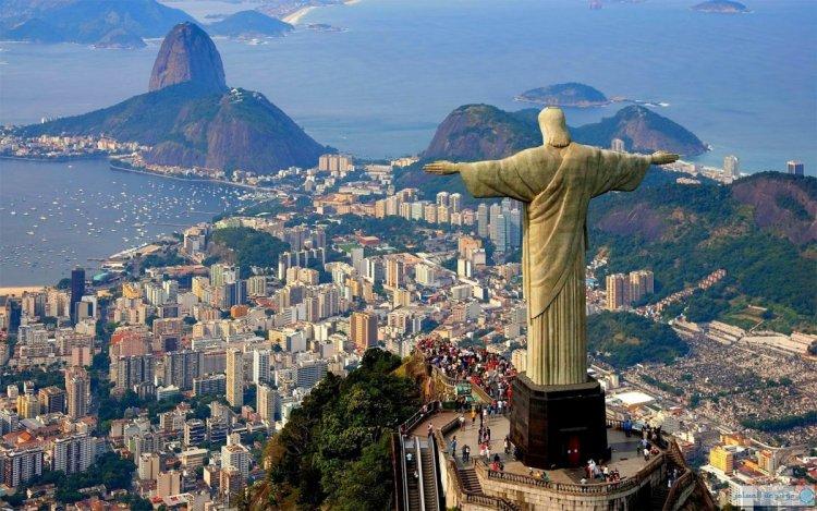 تمثال ريو دى جانيرو - البرازيل