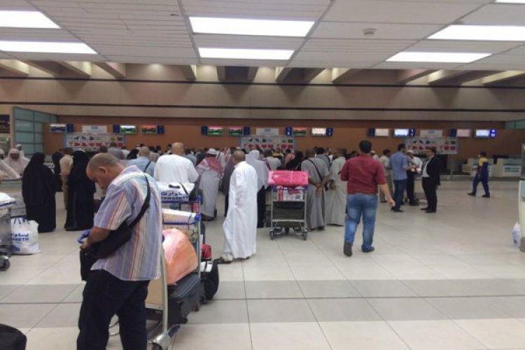 رئيس الطيران المدني يقر بوجود قصور كبير في خدمات مطار جدة