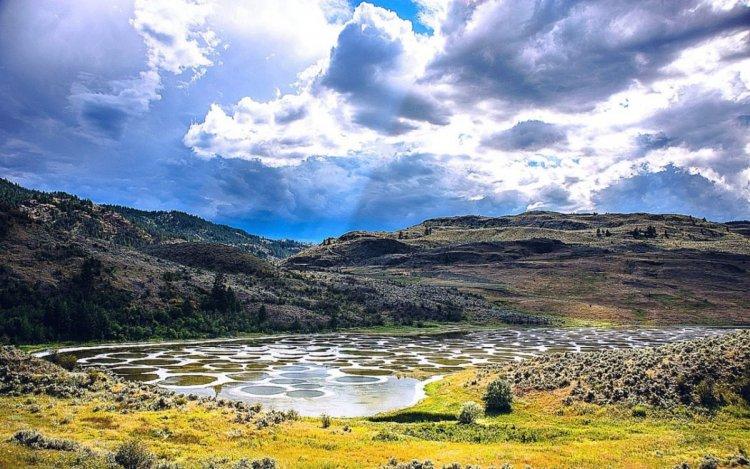 الطبيعة في منطقة البحيرة المرقطة