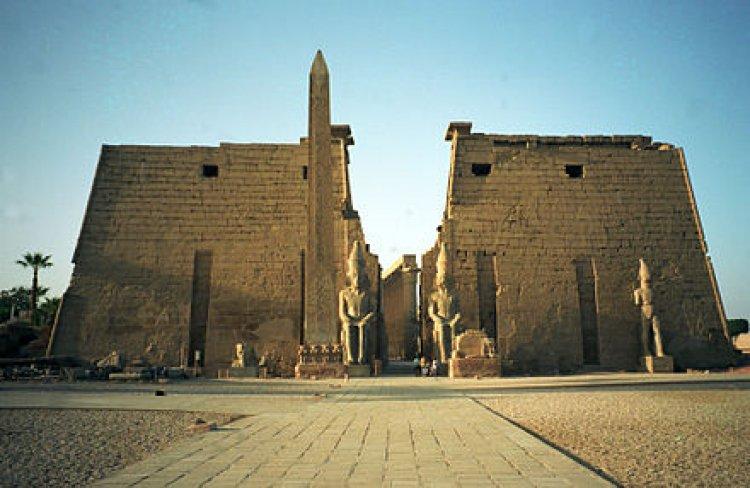 المعبد المصري