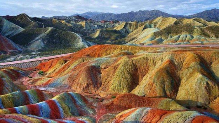 جبال دانكسيا .. جبال الصين الملونة