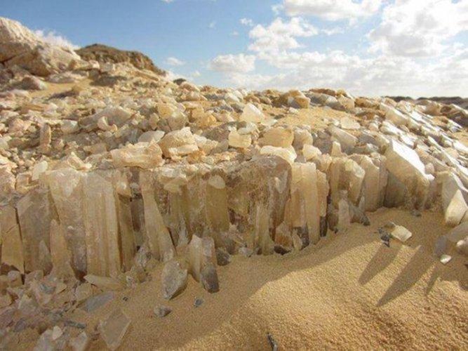 جبل الكريستال في الواحات المصرية