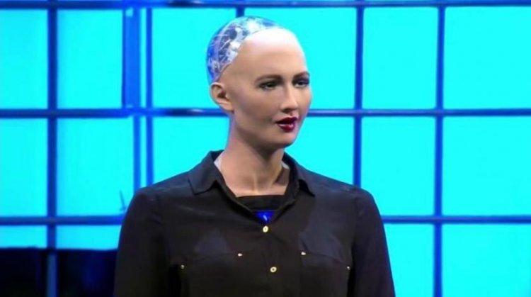 اول روبوت يحصل على الجنسية السعودية