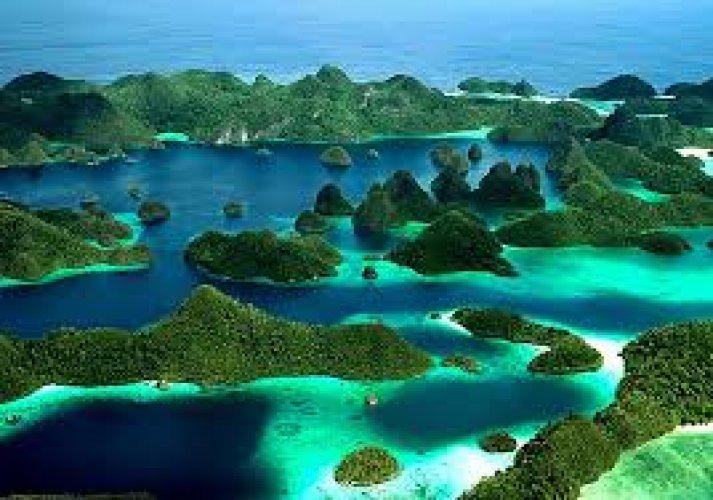 جزيرة كومودو في اندونسيا