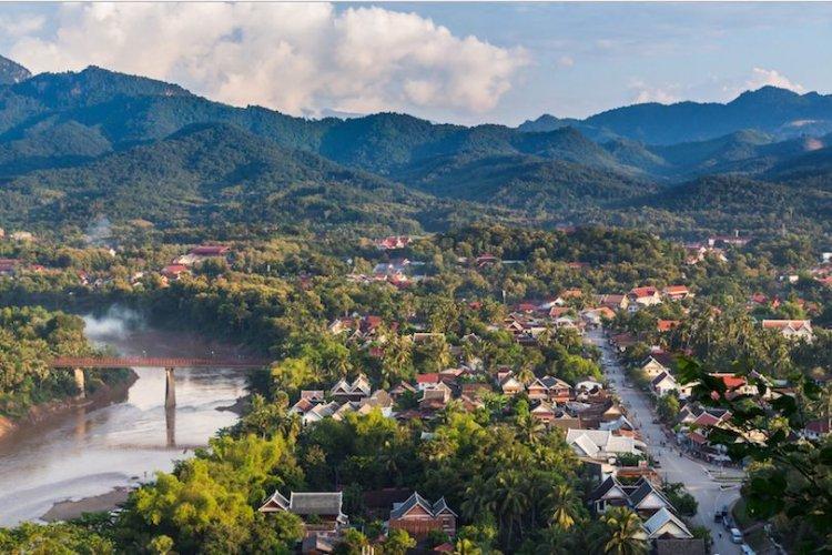 لوانغ برابانغ في لاوس