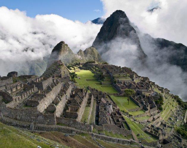 المواقع الاثرية في ماتشو بيتشو في البيرو