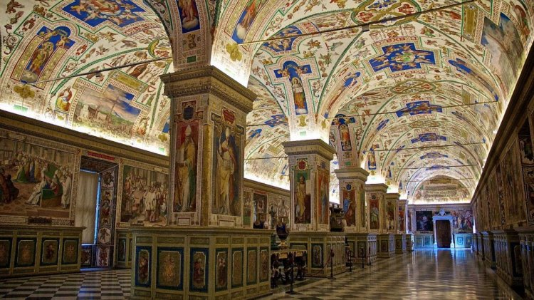 متاحف الفاتيكان في ايطاليا