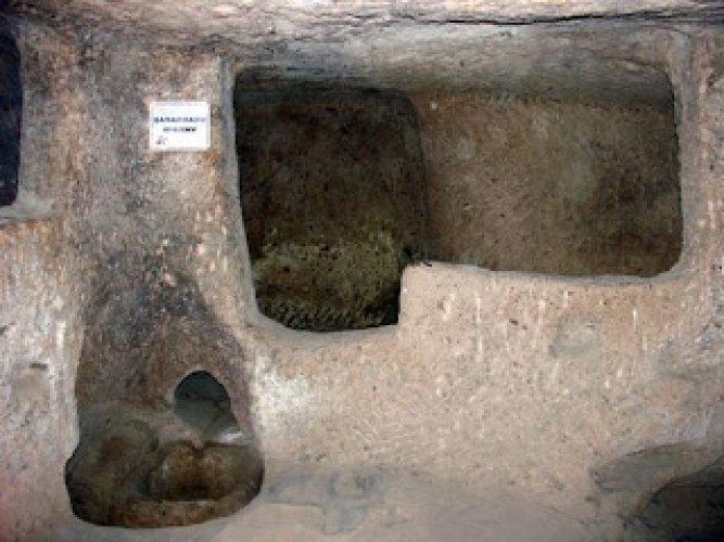 معصرة الزيتون الموجودة في ديرنكويو مدينة الجن تحت الارض