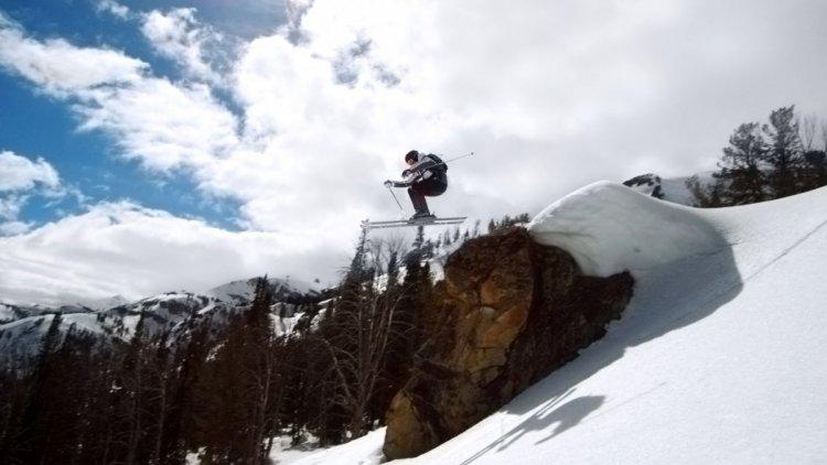مغامرة التزلج على الثلج
