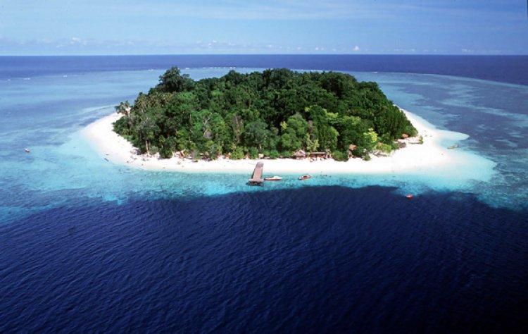 جزيرة بوم بوم في ماليزيا