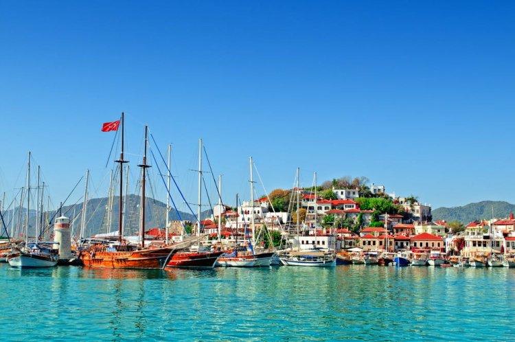 الميناء في تركيا