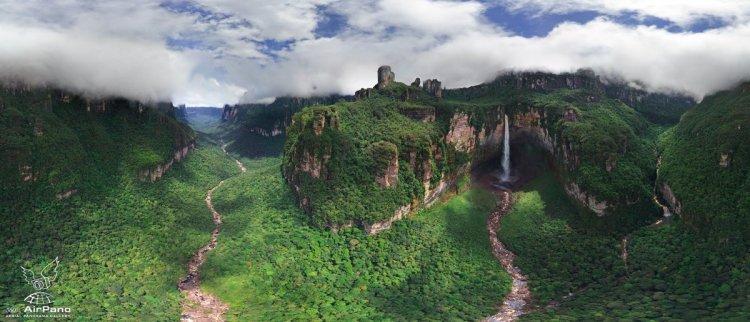 الحديقة الوطنية بمدينة فنزويلا