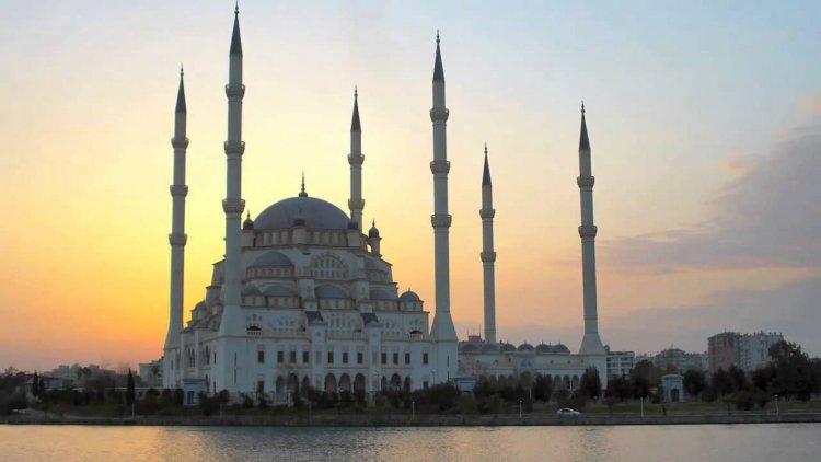 مسجد سابانجي في تركيا