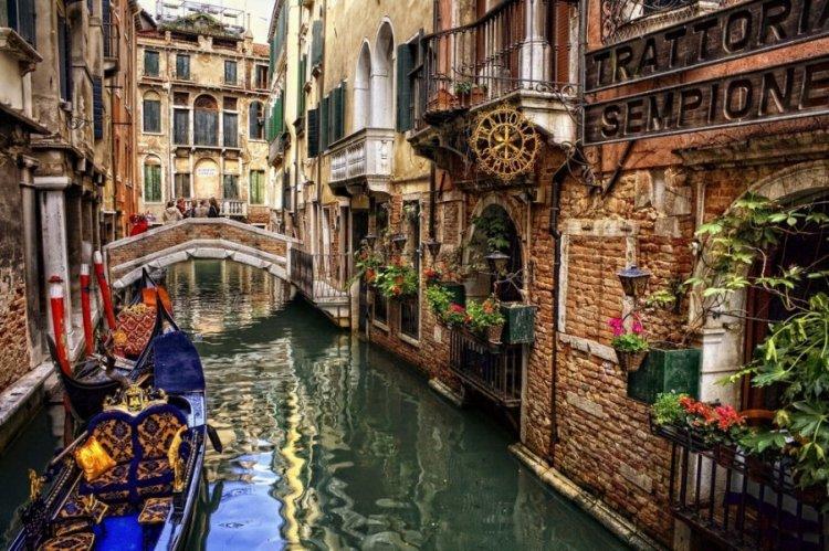 ايطاليا بلد السحر والجمال