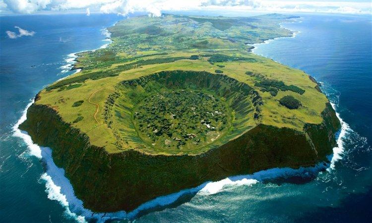 جزيرة ايستر