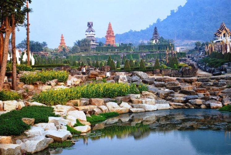 حدائق سوان نونغ نوش في تايلاند