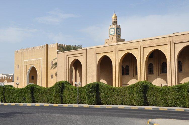 قصر السيف الخاص بالشيخ صباح الاحمد جابر الصباح