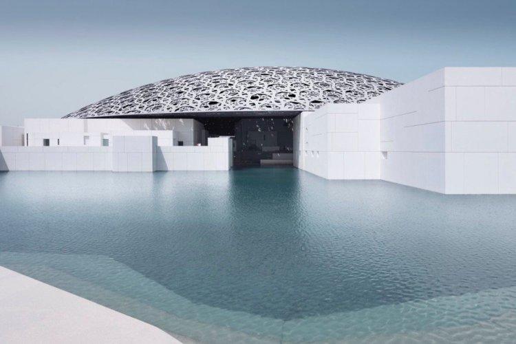 متحف اللوفر ابوظبي