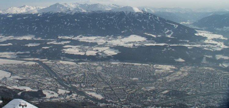 منظر لمدينة انسبروك من أعلى