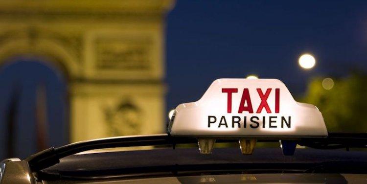 اللوحة الرسمية لتاكسي باريس