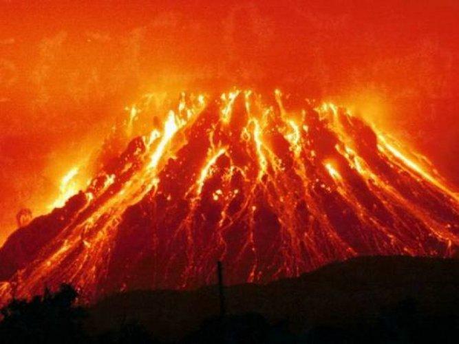 جبل النار فى باكو