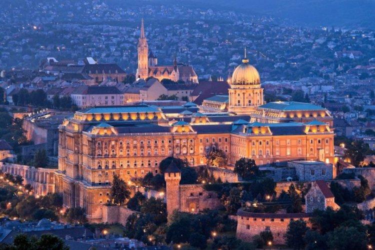 قلعة بودا في هنغاريا