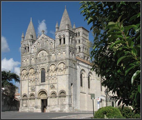 كاتدرائية سان بيير