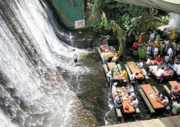 مطعم شلالات الفلبين