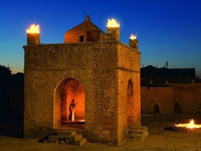 معبد النار الباكوى