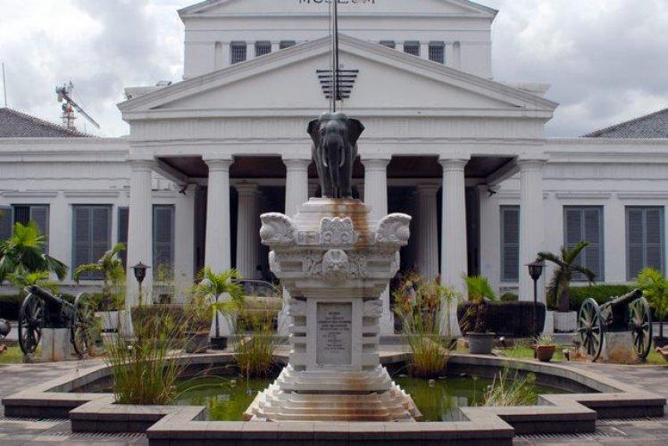 المتحف الوطني في جاكرتا