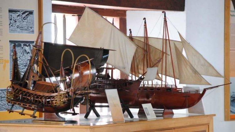 متحف جاكرتا البحري