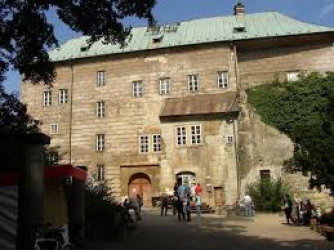 قصر هوسكا