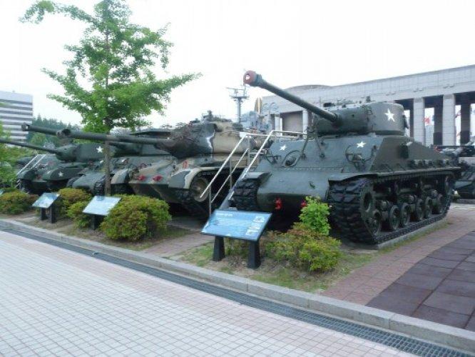 القسم الخارجي في المتحف الحربي في سيول كوريا