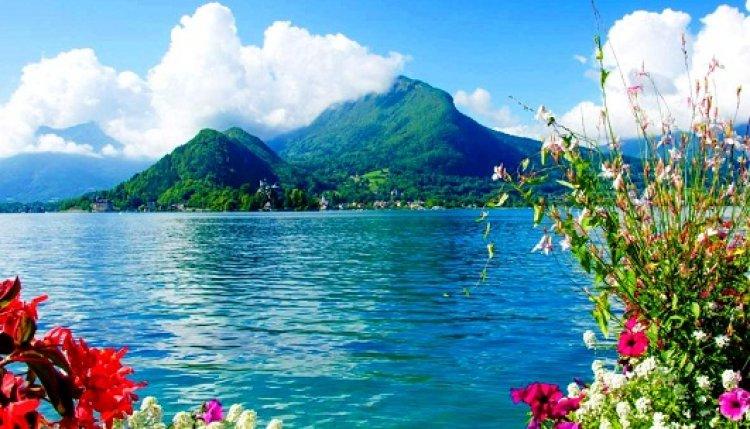 بحيرة آنسي فرنسا