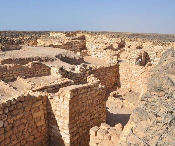 درب اللبان في صلالة سلطنة عمان