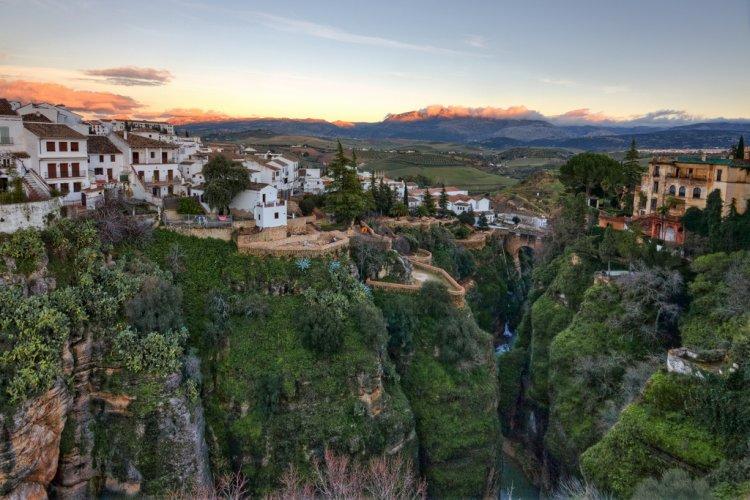 جمال روندا في إسبانيا