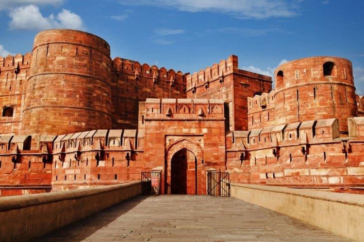 قلعة أغرا الهند