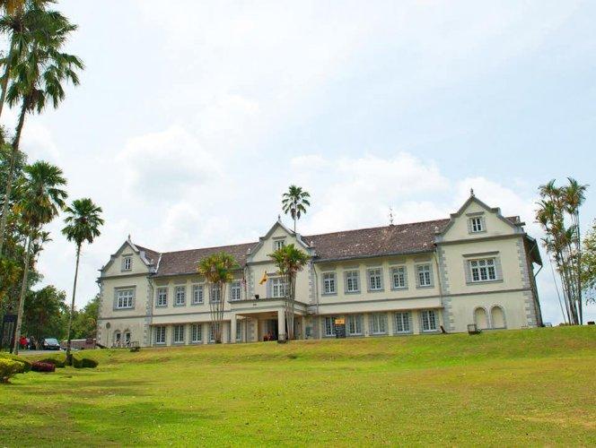 متحف ساراواك القديم في كوتشينغ ماليزيا