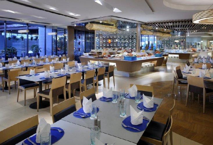 مطعم أكوا مارين في سنغافورة